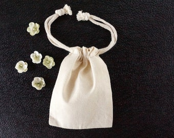 "Do-It-Yourself Blank Natural Muslin Drawstring Bag (3-1/2"" x 5"" inches) - Customize with paint, stamps and ink, and more"