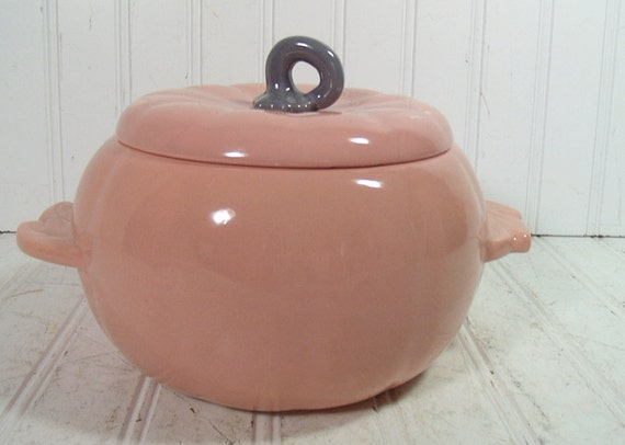 Mid Century Pink & Grey Ceramic Pumpkin - Vintage Hoenig of California Pottery - Cottage Chic Covered Bowl