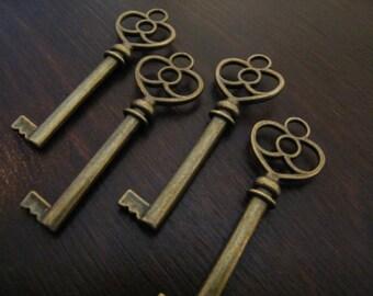 Stowe - 10 x Skeleton Keys Antique Bronze Vintage Keys Key