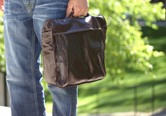 Leather Briefcase -- Messenger Bag -- Removable Strap -- Dark Brown -- Made in USA -- Sale
