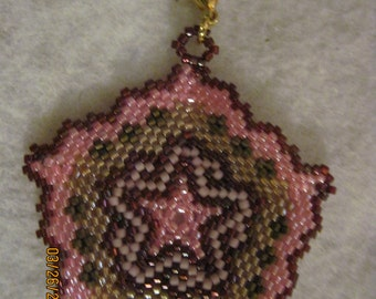 Peyote Stitched Star Pentagon w/ Scalloped Edges Zipper Pull or Pendant...1 of a kind...hand made...1403h