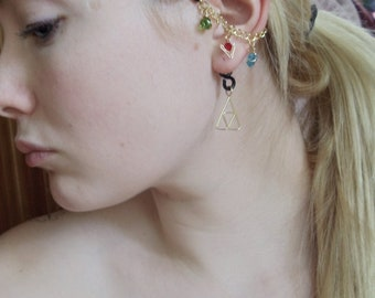 The L.O.Z.® Wise Ear Bend with Hanging Spiritual Stones and Triforce in Black