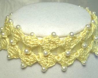 Lemon Chiffon Double Diamond Ribbon Choker