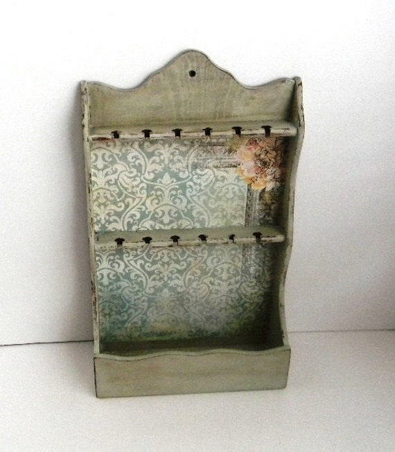 Upcycled Vintage Spoon Rack - Wall Mount Jewelry Organizer - Cottage Chic Spoon Rack Jewelry Holder