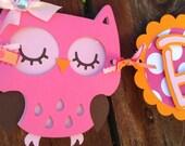 Custom Owl Name Banner in Hot Pink and Orange OR It's A Girl Owl banner in hot pink and orange