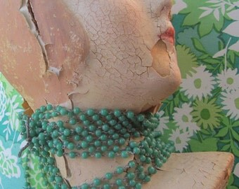 A Yard And A Half Of Vintage Green Beaded Chain