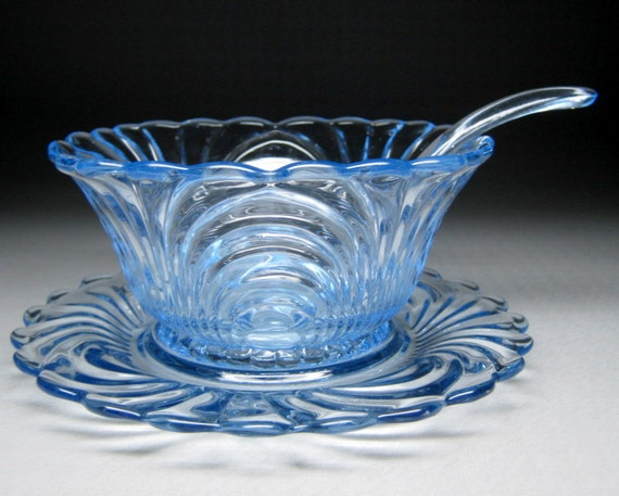 vintage CAMBRIDGE glass CAPRICE mayonnaise bowl with underplate and spoon blue