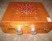 "Cigar box guitar amplifier: ""The Mighty Little"""