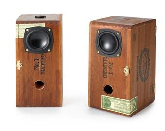 Custom Amplified Cigar Box Speakers
