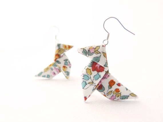"Origami earrings Japanese floral cotton ""The Roses"" OOAK by Jye, Hand-made in France"