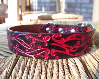 "Embossed Black and Scarlet  Leather Dog Collar.  1"" Width. Black and Red Western Dog Collar."