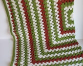Vintage Crocheted One Big Granny Square Afghan / Lap Blanket - white, avacado green, rust