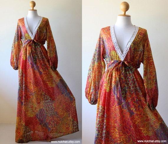 Boho Maxi Dress Long Sleeves Peacock Print : Asian Blend Collection