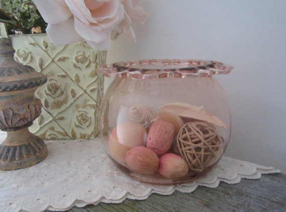 Vintage Pink Depression Glass Open Lace Edge Bowl - Shabby Chic