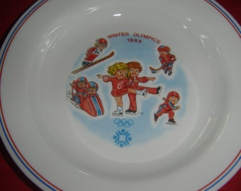 Campbells soup bowls, 1984 Sarajevo Winter Olympics, vint. Corning, official Olympics soup, Campbell kids, collectible, advertisement, qty 2