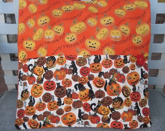 "14"" x 14"" PILLOW COVER - Happy Halloween Black Cats in Jack-o-lantern Pumpkin Patch"