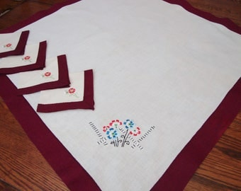 Vintage Tea Cloth and Napkins Set Floral Embroidery Table Cover Cottage French Country
