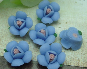 10 Pcs  Pretty Lotus Flower Ceramic 12mm , Blue / Pink Centre(CN1203)
