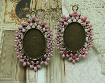 3 pcs Antique Brass  with Enameled Pink Flower Cabochon Pendant Setting, 33 x 49 mm