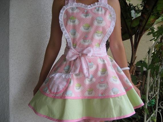 Pink Quaint Cupcake Apron