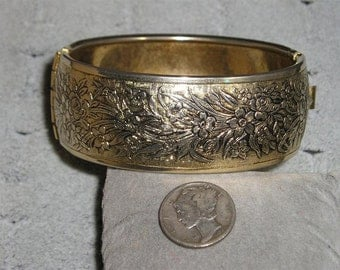 SALE Vintage Bracelet Hinged Art Nouveau Style 1960's Jewelry 2034