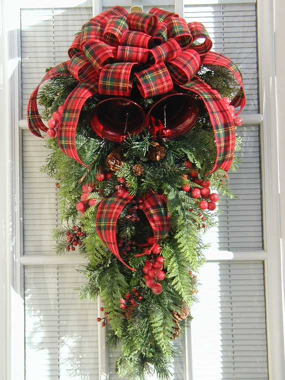 Christmas Winter Large Teardrop Pine Metal Bells Berries Door