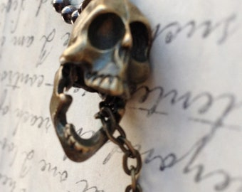 Laughing Skull Necklace Men's Prison Key Necklace Movable Jaw