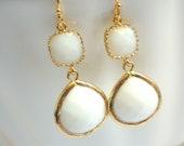 White Opal Earrings, Gold Earrings, Glass, Chalk White Earrings, Wedding Jewelry, Bridesmaid Earrings, Bridal Jewelry, Bridesmaid Gifts