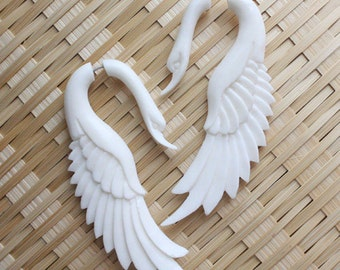 LATA Swan - Fake Gauge Earrings - Natural White Bone - Hand Carved Jewelry