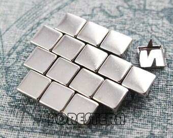 300Pcs 8mm Silver Flat Square Studs (SFQ08)