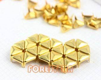 400Pcs 8mm Gold Triangle Studs Metal Studs (JT08)