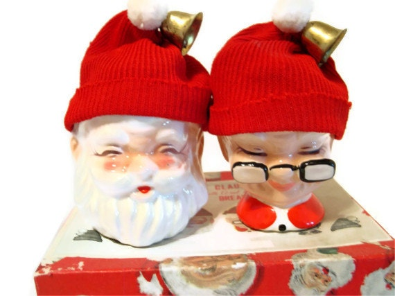 Vintage santa egg cups mr and mrs claus with wool hats