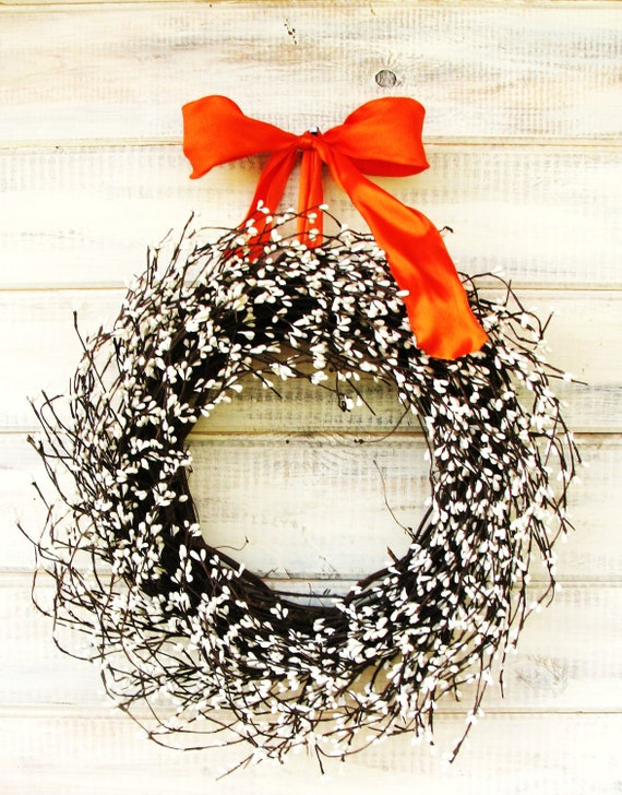 Fall Door Wreath-Halloween Wreath-Fall Decor-White Berry Wreath-Country Chic Home Decor-WHITE  Wreath-Door Decor-Wall Hanging-Scented Wreath