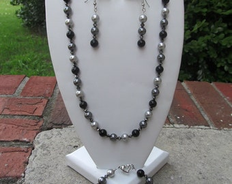Bridesmaid Jewelry Set Black Gray Swarovski Crystals and Pearls Wedding Jewelry Set