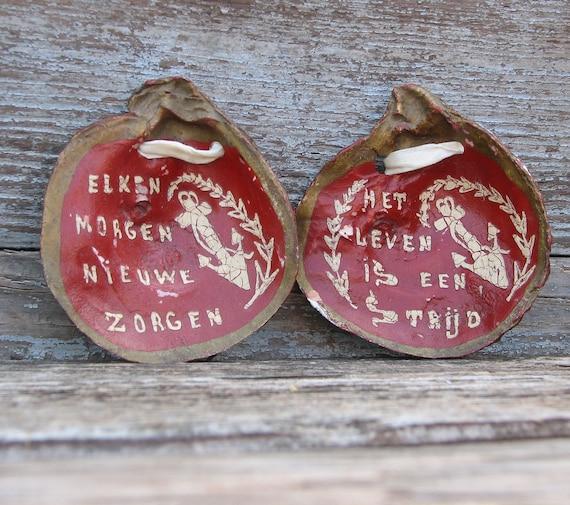 Vintage Rustic Sea Side Folk Art Dutch Painted Clam or Oyster Shells