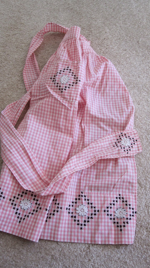 Pink Gingham Vintage half apron with black and white stitching