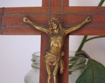 Vintage 1940's Inlayed Crucifix-  Great Vintage Condition