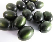 30 Vintage 12x9 Olive Green Oval Moonglow Lucite Beads Bd409