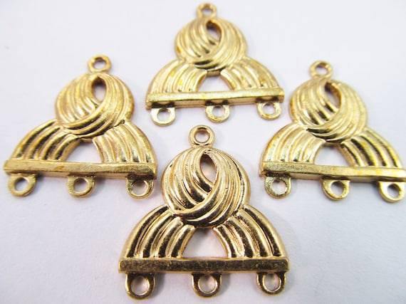 4 Vintage Matte Gold Plated Knot Design Three Loop Metal Connectors Con63