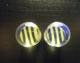 0 Gauge Green and Black Striped Plugs