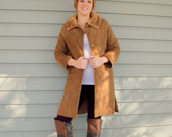 SALE 1960s tan suede and real mink fur coat. Size medium 6-8