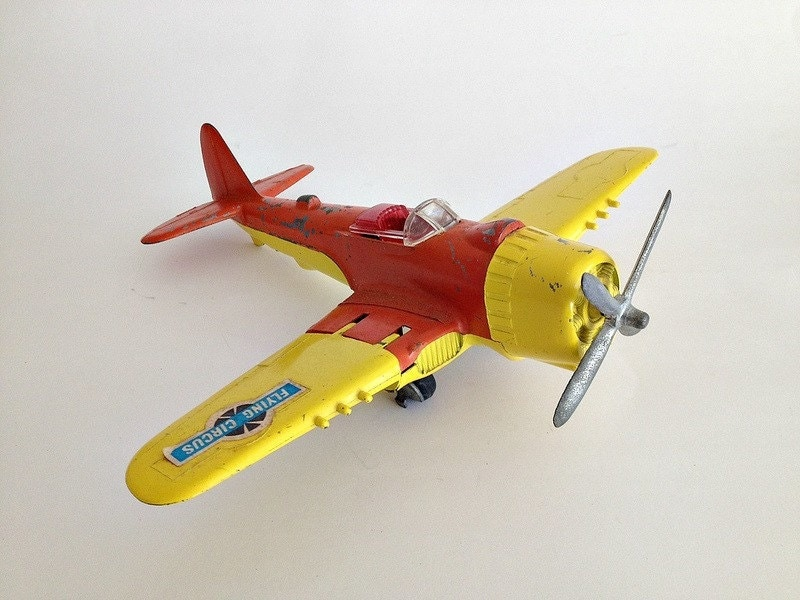 best toy helicopter with Vintage Hubley Toy Airplane 495 on Retro Games In The Itunes Store Golden Axe together with Lansing Airport furthermore Straws Circle Paper Planes S T E M Kids together with Mlpstopmotion as well Vintage Hubley Toy Airplane 495.