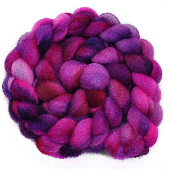 Hand dyed roving - PINK FANTASY - Falkland wool spinning fiber, 4.2 ounces
