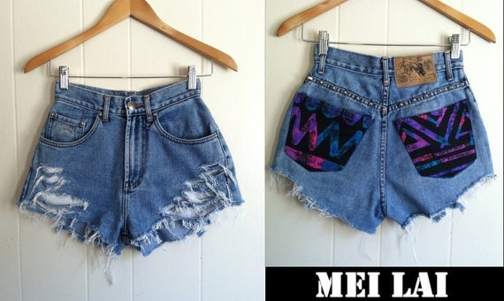 80s Print high Waisted Spiked Shorts