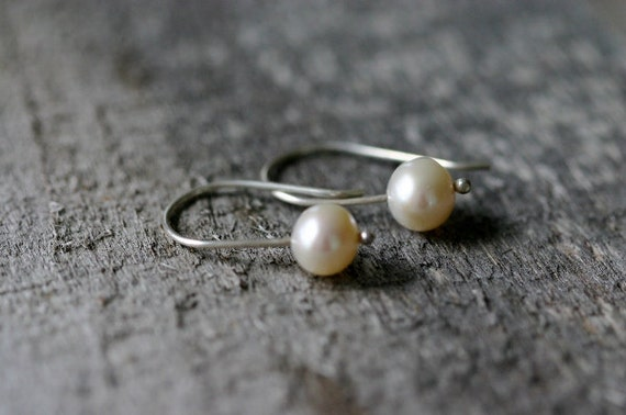Delicate Pearl & Sterling Drop Earrings, Classic and MInimalist, Wedding