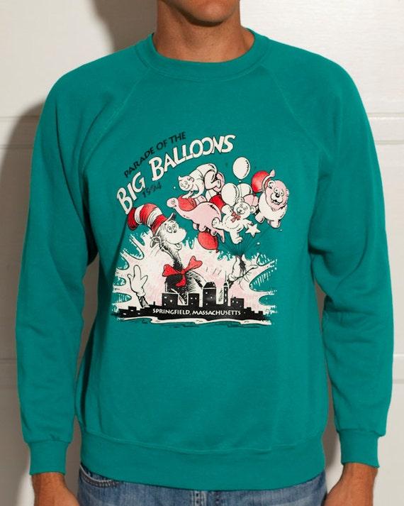 Parade of The BIG BALLOONS - Springfield Massachusetts - Dr Seuss