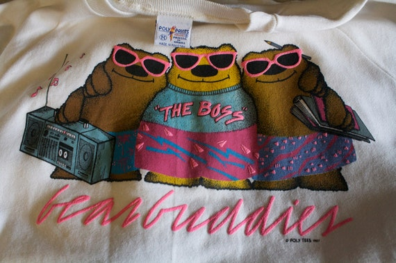 vintage 80s sweater,jacket with bears and boombox polly tees size M