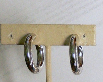 Coro screw back hoop silvertone earrings