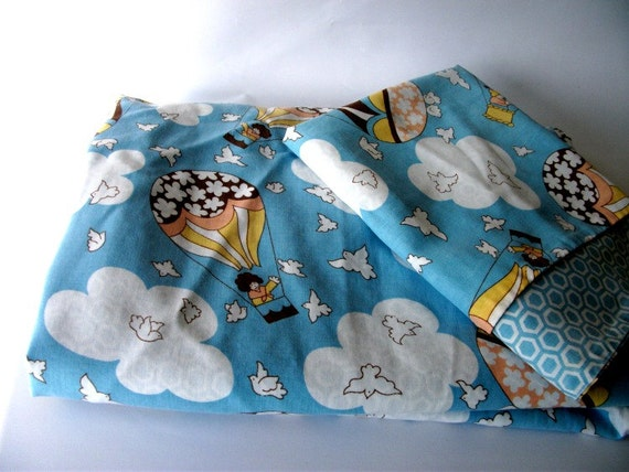 Single Duvet Cover and Pillowcase Set Blue with Hot Air Balloon Design