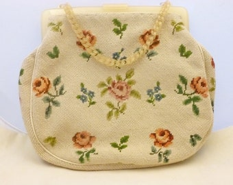 Vintage NEEDLEPOINT and BAKELITE PURSE - 1950s.  Unused appearance - Free Shipping